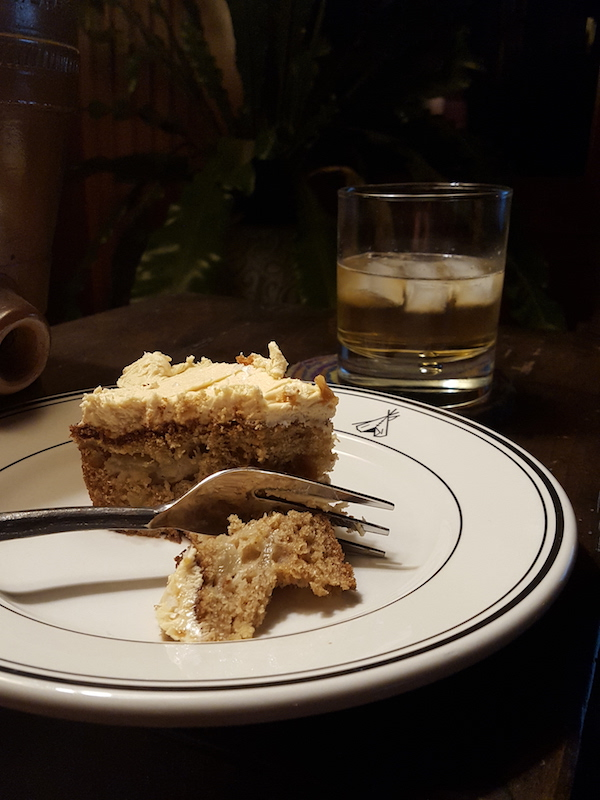 Pear Cake with Whiskey600